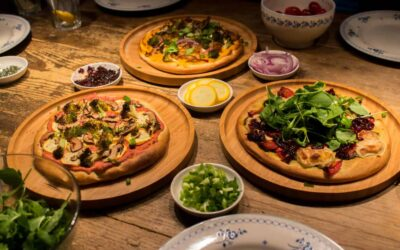 Hungry? Join our three-way vegan pizza party!
